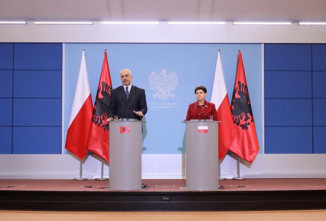 Премьер-министры Польши Беата Шидло и Албании Эди Рама.