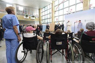 Папа Франциск: Я хотел бы остановиться возле кровати каждого больного ребенка