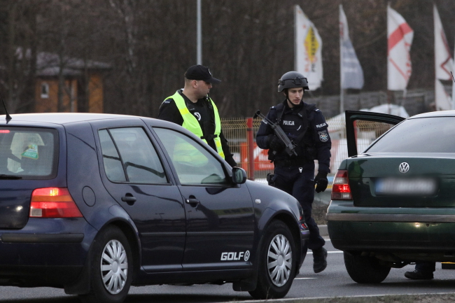 Поліція по всій Польщі шукає викрадену 3-річну дівчинку та її матір
