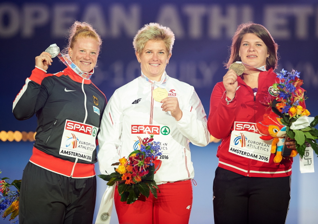 Germany's Betty Heidler with silver, Poland's Anita Włodarczyk with gold and Azerbaijan's Hanna Skydan with bronze at European Athletics Championships in Amsterdam. Photo: PAP/Adam Warżawa