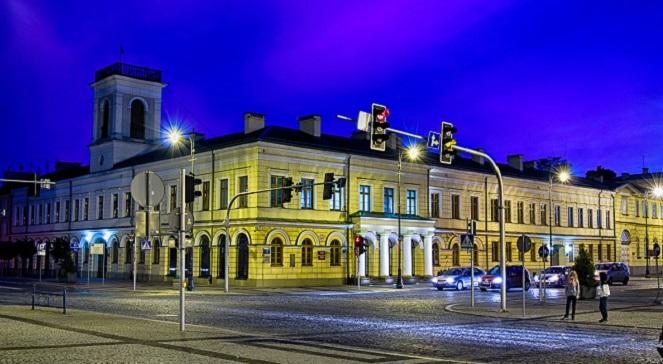 Здание городской ратуши в Сувалках.