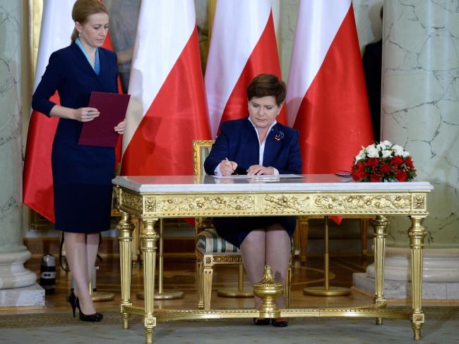 Beata Szydło being sworn in. Photo: PAP/Jacek Turczyk