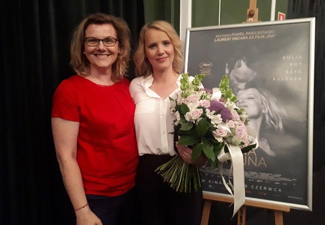 Radio Poland's Danuta Isler with Joanna Kulig.