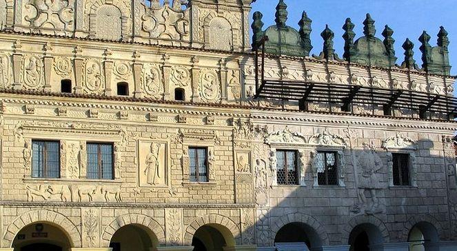 Kamienice braci Przybyłów - fot. Vikipedia.jpg