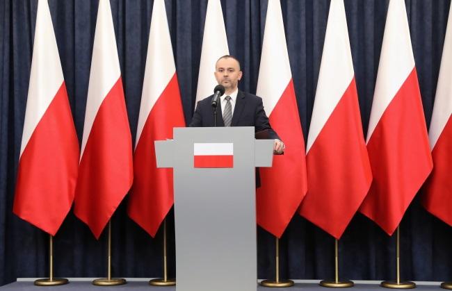 Президентский министр Павел Муха после окончания встречи ответил на вопросы журналистов