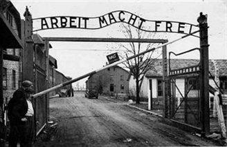 US Senator reflects on Auschwitz liberation