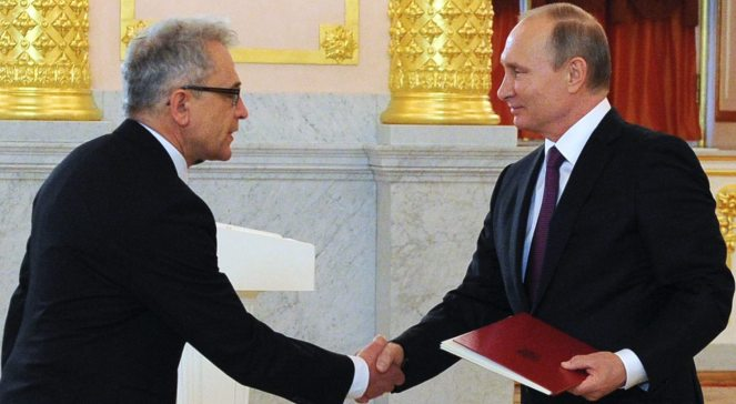 Президент Росії Владімір Путін приймає вірчу грамоту від посла Польщі у Москві Влодзімєжа Марціняка