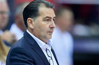 Poland fires national volleyball coach