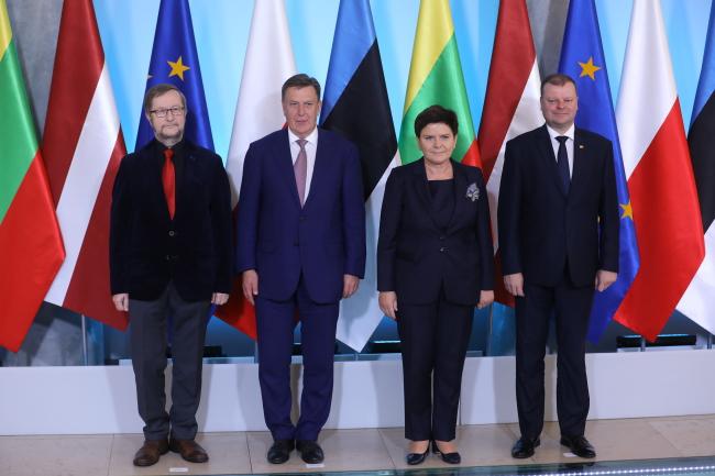 Estonian ambassador to Poland Harri Tiido, Latvian Prime Minister Māris Kučinskis, Polish Prime Minister Beata Szydło and Lithuanian Prime Minister Saulius Skvernelis. Photo: PAP/Rafał Guz.