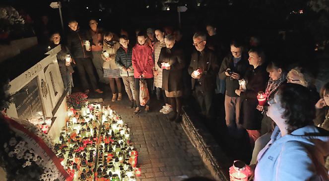 На Центральному цвинтарі Перемишля при вулиці Словацького, де спочивають «перемиські орлята» — польські захисники Перемишля.