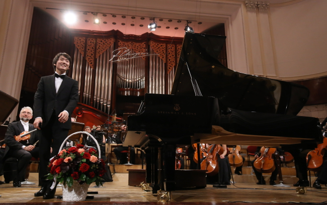 South Korea's Seong-Jin Cho, winner of the 17th 17th International Chopin Piano Competition, at the Warsaw Philharmonic on Thursday evening. Photo: PAP/Paweł Supernak