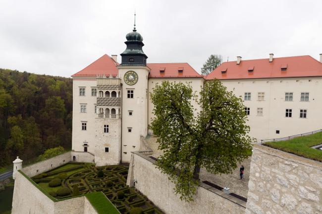 The Castle of Pieskowa Skała, photographed on 27 April. Photo: PAP/Stanisław Rozpędzik