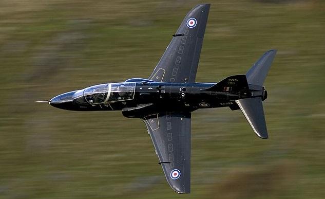 Самолет британского производства Hawk
