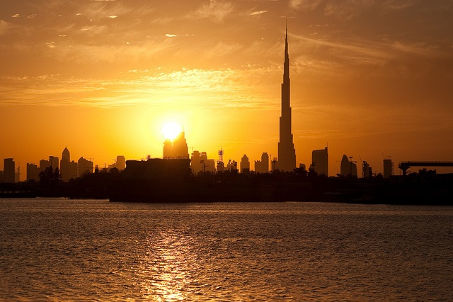 Dubai at sunset. Photo: Flickr.com/the_dead_pixel