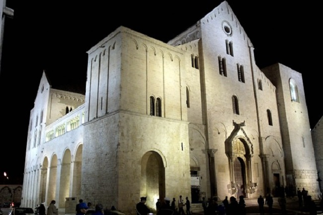 Saint Nicholas' Basilica in Bari, Queen Bona's final resting place. Photo: Wikimedia Commons (Public Domain)