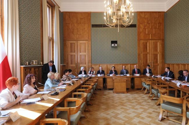 Заседание Совета польской диаспоры по вопросам образования во главе с министром национального образования Польши Анной Залевской