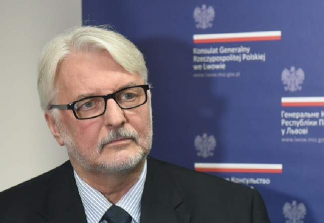 Polish FM Witold Waszczykowski briefs reporters at the Polish Consulate General in Lviv on Saturday. Photo: PAP/Radek Pietruszka