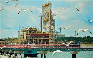 Объявлен тендер на расширение газового терминала в Свиноуйсьце