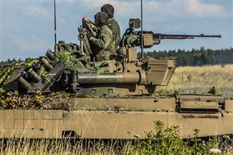 Polish, NATO troops in land, sea and air drills