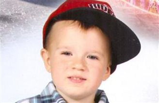 Arrest warrant issued for father of abducted Polish boy