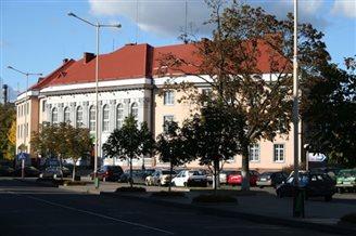 Delegacja Senatu w polskiej szkole w Baranowiczach
