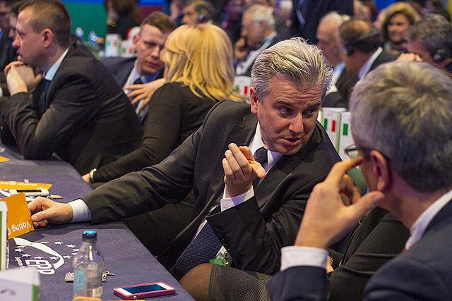 Cezary Grabarczyk (C) resigned on Wednesday. Photo: Wikimedia Commons