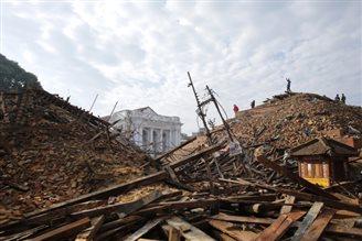 Polish humanitarian groups rush to raise money for Nepal