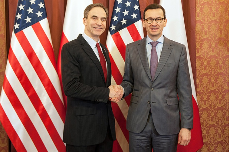US Ambassador Paul Jones and Polish Prime Minister Mateusz Morawiecki. Photo: KPRM