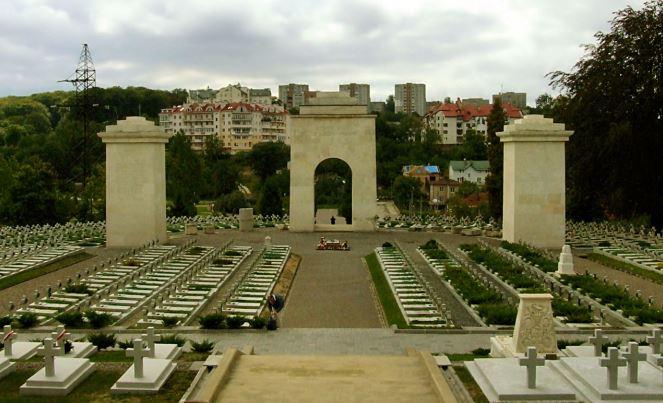 Меморіал львівських орлят у Львові