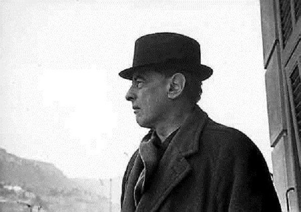 Witold Gombrowicz in Vence, southeastern France. Photo: By Bohdan Paczowski [Public domain], via Wikimedia Commons