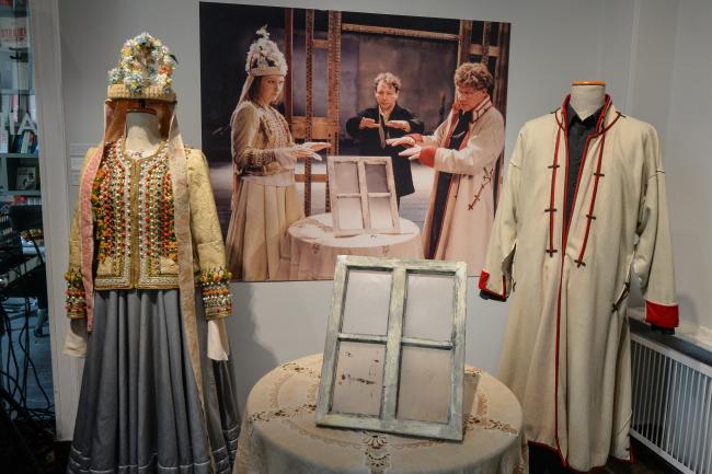 """виставка """"Весілля"""" Виспянського"""