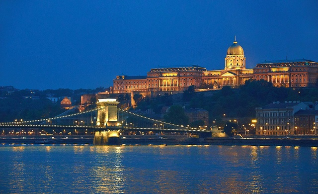 Budapest. Photo: Flickr.com/aigle_dore