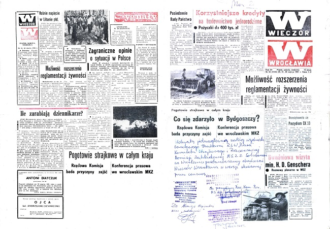"""Daily newspaper of Wrocław, People's Republic of Poland, 20-21 March 1981, with censor intervention on first and last pages.The right-hand page also includes a hand-written confirmation of that decision by the local """"Solidarność"""" Trade Union. Photo: cc/wikimedia/user Julo"""