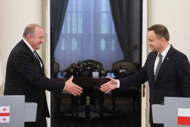 Polish President Andrzej Duda (right) and his Georgian counterpart Giorgi Margvelashvili during a press conference in Warsaw on Wednesday. Photo: PAP/Paweł Supernak