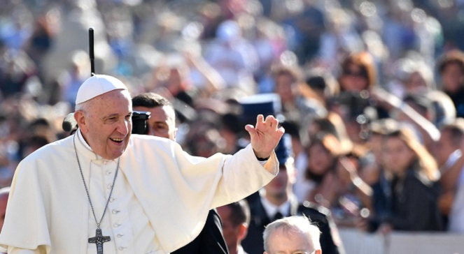 Папа Франциск на общей аудиенции в Ватикане.