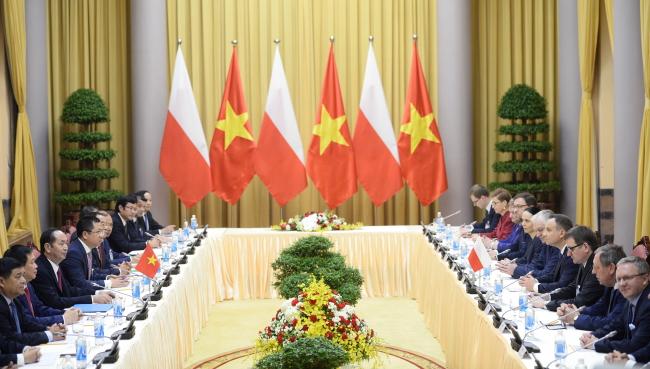 Пленарні переговори офіційних делегацій Польщі та В'єтнаму, Ханой, 28 листопада 2017 року