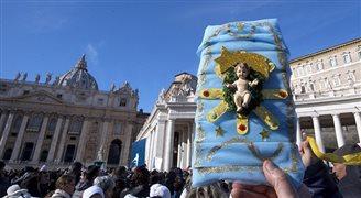 Звезды мировой эстрады выступили на рождественском концерте в Ватикане