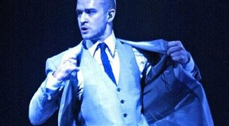 Justin Timberlake arrives in Poland