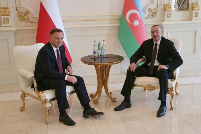 Andrzej Duda meets Ilham Aliyev in Baku