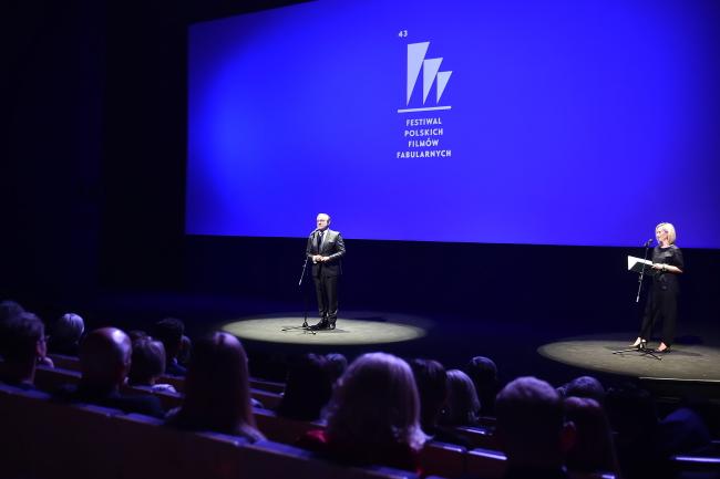 Глава Гдыни Войцех Щурек открывает кинофестиваль