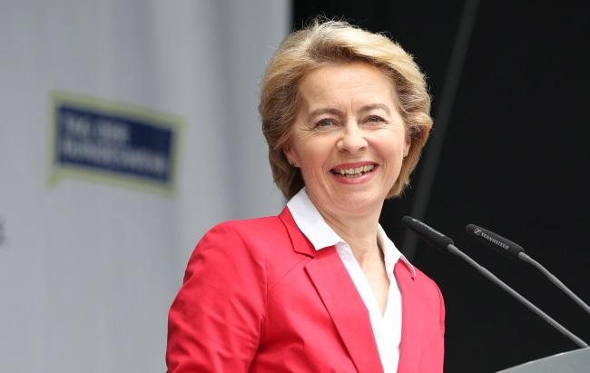 ЕК может возглавить нынешний министр обороны Германии Урсула фон дер Ляйен