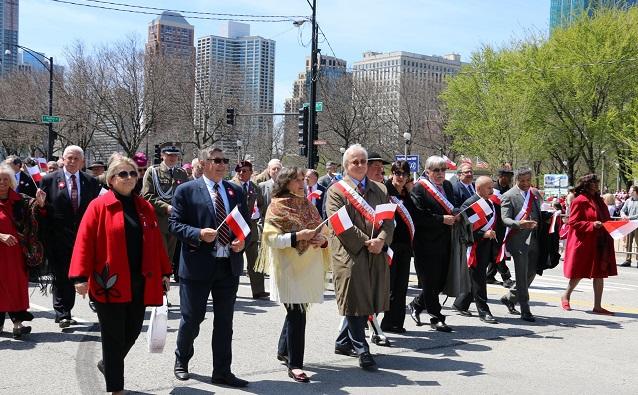 128-й парад в честь Дня Конституции 3 Мая в Чикаго.