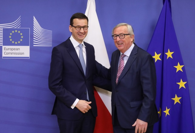 Mateusz Morawiecki und Jean-Claude Juncker.
