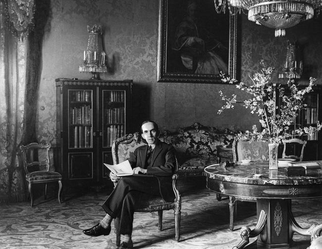 Надзвычайна й паўнамоцны пасол Польшчы ў Італіі Раман Кноль у будынку пасольства ў Рыме (1926-1928 г.г.).