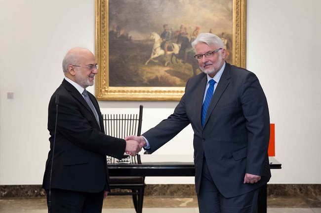 Polish Foreign Minister Witold Waszczykowski (R), with his Iraqi counterpart Ibrahim Al-Jaafari (L) in Warsaw. Photo: MSZ