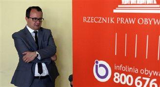 Ombudsmann für Bürgerrechte entschuldigt sich für Holocaust-Äußerung