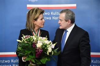 Violinist Anne-Sophie Mutter awarded Poland's Gloria Artis medal