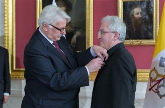 Apostolic Nuncio to Poland awarded