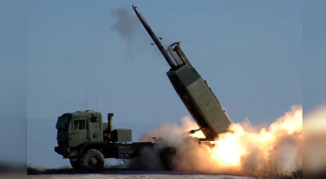 Wyrzutnia rakiet HIMARS produkowana przez Lockheed Martin Missiles & Fire Control i  BAE Systems