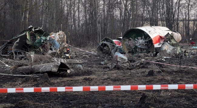 Обломки президентского борта Ту-154М, разбившегося 10 апреля 2010 года под Смоленском. Фото: Polskie Radio
